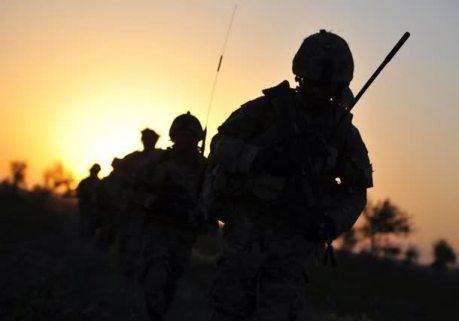 عکس سرباز سایه روشن